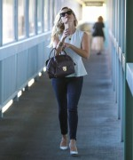Reese Witherspoon - Visiting a hospital in Santa Monica 10/2/14