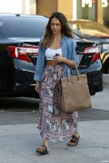 Jessica Alba - outside a salon in Beverly Hills on October 4-2014 - x113