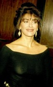 Marina Sirtis - Starlight Foundation Benefit Honoring Arsenio Hall and Star Trek-The Next Generation 13.3.1993