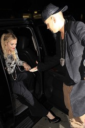 Ashlee Simpson - Arriving at Mr Chow's in Beverly Hills 10/9/14