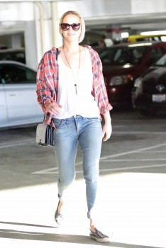 Jennifer Lawrence out in LA 10/22/14 19