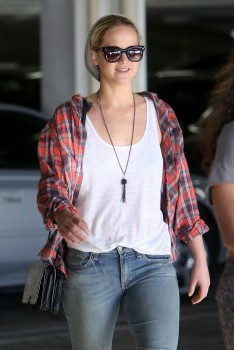 Jennifer Lawrence out in LA 10/22/14 5