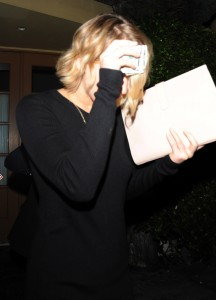 Jennifer Lawrence out and about candids 26