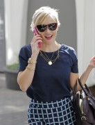 Reese Witherspoon is all smiles while leaving her office in Beverly Hills October 23-2014 x84