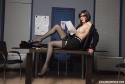 http://thumbnails110.imagebam.com/36013/e45cda360128774.jpg