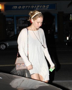 Jennifer Lawrence Out in LA, 10/27/14 3