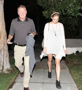 Jennifer Lawrence Out in LA, 10/27/14 1