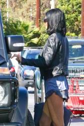 Kylie Jenner - Leaving Vons Market in Woodland Hills 10/27/14