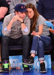 Olivia Wilde at the New York Knicks - Charlotte Hornets game at Madison Square Garden on November 2nd, 2014