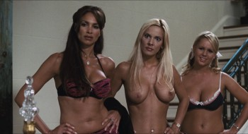 girl-simona-fusco-stratten-topless