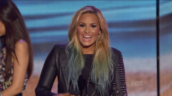 Demi Lovato - Teen Choice Awards 2012 720p TrollHD