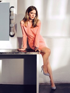 Gillian Jacobs - Flare magazine Jan '15 - x1