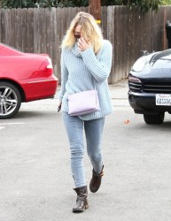Dakota Fanning - Out & About in LA 12/20/14
