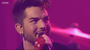 Queen & Adam Lambert Rock Big Ben Live & New Years Eve Fireworks 2015 1080i HDMania