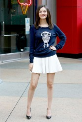 Victoria Justice - Visits 'Extra' at Universal Studios Hollywood - 1/8/15