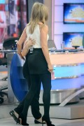 Jennifer Aniston attends the 'Good Morning America' January 21-2015 x72