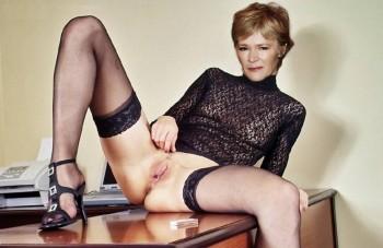 Clare Holman  nackt