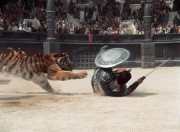 Гладиатор / Gladiator (Рассел Кроу, Хоакин Феникс, Джимон Хонсу, 2000) 686db1386937061