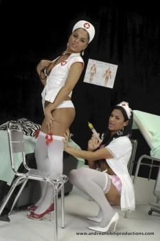 Naked midget girls