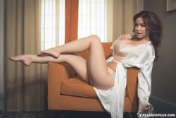 http://thumbnails110.imagebam.com/38967/846947389660191.jpg