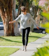 Jennifer Garner - Out in LA February 26-2015 x10