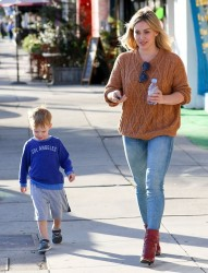 Hilary Duff - Out & About in Sherman Oaks 3/4/15