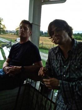 Что нового у Джареда и Дженсена? Фото и видео.