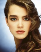 Brooke Shields young photoshoot 1980 x 1HQ 27d0fe396917976