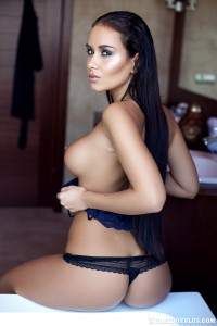 http://thumbnails110.imagebam.com/39840/046e55398396291.jpg