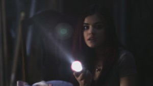 Lucy Hale-Pretty Little Liars S1:Pilot(HQ Itunes) vidcaps