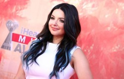 Ariel Winter - 2015 iHeartRadio Music Awards in Los Angeles 3/29/15