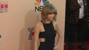Taylor Swift - leggy at 2015 iHeartRadio Music Awards in LA, March 29, 2015