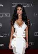 Brittany Furlan Premiere of 'Rogue One: 1