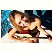 http://thumbnails110.imagebam.com/32940/f8f7da329394474.jpg